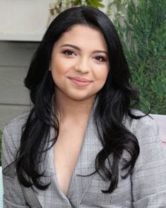 Cree Cicchino Age, Hollywood Actresses, Actors & Actresses, Very Pretty Girl, Hallmark Homes, Beautiful Women Pictures, Universal Studios, Ariana Grande, Home And Family