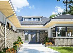 Projekt domu Wyjątkowy 2 201,09 m² - koszt budowy - EXTRADOM Plans Architecture, Architecture Design, Prairie House, Architectural House Plans, My House Plans, Architect House, Design Case, Home Fashion, Planer