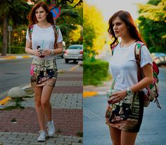 Street Style: Koton Skirt, Converse Snickers, Accessorize Backpack, Zara Tee