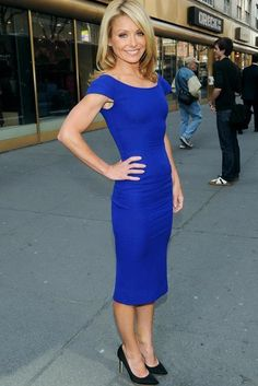 Royal blue heels outfit