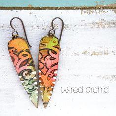 ☀️festive filigree ☀️Polymer clay earrings. www.wiredorchid.com #wiredorchid #jewelry #earrings #polymerclay #polymerclayearrings