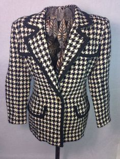 Mira Ladies Blazer Size 10 Sexy Cotton True Vintage LUX Quality Mint!  Just Make An Offer.....Offering Great Deals and Super Low Prices with 100% Positive Feedback Since 2001!!!!!!!!!