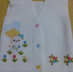 """I love the fabric appliques on the knitwear. Quite idea for baby items [ """"I love the fabric appliques on the knitwear. Quite idea for baby items"""" ] # # # # Baby Knitting Patterns, Baby Cardigan Knitting Pattern, Knitting Blogs, Knitting For Kids, Baby Patterns, Baby Shawl, Baby Vest, Baby Blanket Crochet, Baby Summer Dresses"""