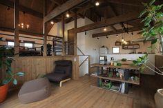 2段に分かれた中二階のセカンドリビング浜松1