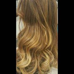Calde gradazioni luminose_Degradé Joelle... - Work Hair Studio Vittorio & Tiziana | Facebook
