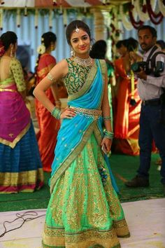 21 different dupatta draping styles for your lehenga is part of Half saree designs - You are going to love this post images of Different Dupatta Draping Styles for your lehenga Now you can be your own personal stylist and look fabulous Half Saree Designs, Bridal Blouse Designs, Lehenga Designs, Saree Blouse Designs, Half Saree Lehenga, Lehnga Dress, Lehanga Saree, Lahenga, Anarkali