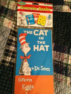 "Dr Seuss' ""Favorite Books"" Mini Bulletin Board Set  33 Pieces~~ Just Laminate 
