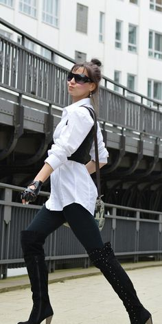 Fashion-forward Belts - new blog post on Combicity. Don't miss it! Combicity - the first Blog about Accessories! www.combicity.com #streetstyle #trend #fashionforward #basic #blackandwhite