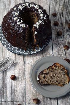 Maronengugelhupf mit Rotwein No Bake Desserts, Doughnut, Muffin, Food And Drink, Sweets, Vegan, Baking, Breakfast, Brownies