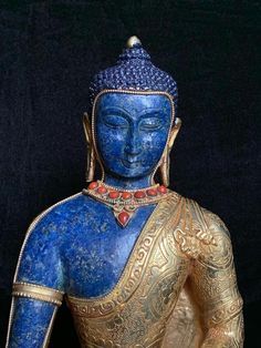 Lotus Position, Gautama Buddha, Body Sculpting, Lapis Lazuli, Art History, Favorite Color, Ascended Masters, Carving, Statue