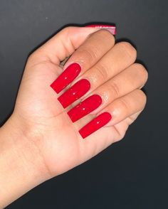Nail care is very important because : Nails problems may indicate problems with your heart, lungs, kidneys… Here you will find the steps to keep your nails look and feel best. Long Square Nails, Tapered Square Nails, Long Square Acrylic Nails, Bling Acrylic Nails, Simple Acrylic Nails, Summer Acrylic Nails, Gel Nails, Toenails, Simple Nails