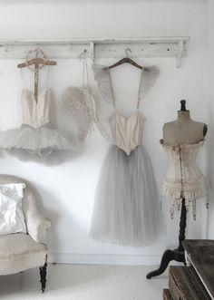 beautiful antique and vintage displays, studio inspiration