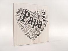 Ein Schild für den besten Mann der Welt! Dieses handgefertigte Schild - mit einem Herz aus deiner Botschaft für den Papa ist ein perfektes Geschenk zu jedem Anlass und wird dem besten Mann der... Top Gifts, Gifts For Dad, Message For Dad, Juki, Wood Print, Fathers Day, Hand Lettering, Presents, Etsy