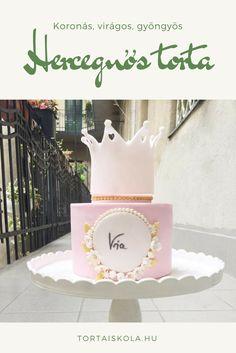 Imádtam készíteni, bár sok sok nagyon sok idő, mert rengeteg apró díszítés van a tortán amit egyesével készítünk. Igazi hercegnős torta:-) IMádom. Én sokáig nézegettem a pinteresten ezeket a torták…