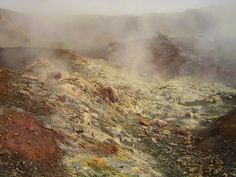 The sulphuric vapours of Kellingin, Iceland. Photo: Liesbeth Pierson