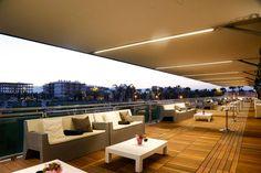 Espectacular terraza de The Club en el Centro Ecuestre Oliva Nova.