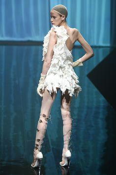 アリスアウアア(alice auaa)2014年春夏コレクション Gallery37 - ファッションプレス