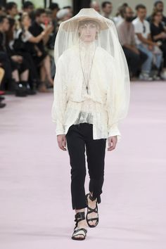 Ann Demeulemeester Spring 2019 Menswear Paris Collection - Vogue