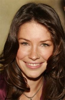 Dream cast for Thalia's Musings: Evangeline Lilly as Demeter Nicole Evangeline Lilly, Women With Freckles, Lost Tv Show, Canadian Actresses, Haircut And Color, Brunette Hair, Athletic Women, Thalia, Beautiful Actresses