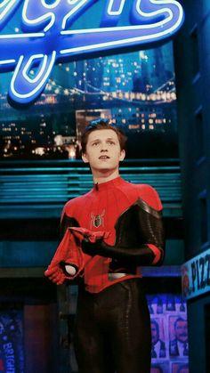 The untold truth of Tom Holland – Celebrities Woman Parker Spiderman, Tom Spiderman, Marvel Comics, Tom Peters, Tom Holand, Baby Toms, Tom Holland Peter Parker, Men's Toms, Tommy Boy