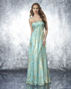 Gorgeous Minty Gown #shimmer http://www.studentrate.com/fashion/fashion.aspx
