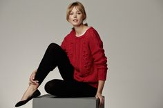 SUITEBLANCO. Winter'14. Comfortable combination with red sweater and black leggings.