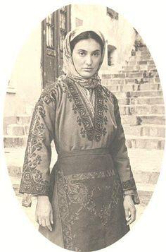 Folk Dance, Cappadocia, Greek Costumes, Greece, Traditional, Clothes, Fashion, Fotografia, Greece Country