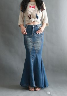 Wear this beautiful custom cotton denim skirt with your favorite top. Perfect for all seasons and is comfortable. Pair with your favorite heels to accommodate a Flare Jeans Outfit, Denim Outfit, Printed Maxi Skirts, Long Maxi Skirts, Kebaya Modern Dress, Beautiful Long Dresses, Fashion Illustration Dresses, Merian, Cheap Skirts