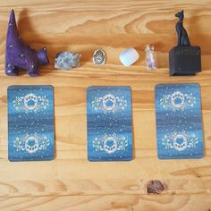Mystical Cats Tarot for your weekly forecast! Choose one or go for the whole thing. Video reveal up later today. Just because it's cute doesn't mean it doesn't have claws... #tarot #tarotist #antifragiletarot #tarotcards #mysticalcatstarot #tarotreadersofinstagram #antifragiletarot #tarotreader #divination #witch #bast #druzyquartz #opalite #hamsa #hamesh #amethyst #cats #cat by antifragiletarot