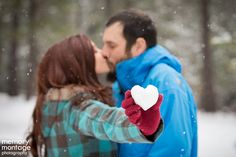 engagement pictures snow | Snowy engagement session // Jennifer + Mark