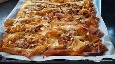 cea mai buna placinta de post cu mere si nuca reteta pas cu pas Hawaiian Pizza, Mai, Food, Essen, Meals, Yemek, Eten