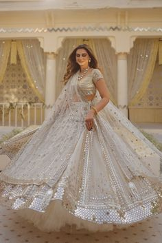 Indian Bridal Outfits, Indian Fashion Dresses, Bridal Dresses, Event Dresses, Lehenga Designs, Bridal Lehenga, Bridal Style, Dress Making, Designer Dresses