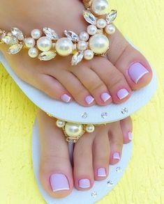 Gel Toe Nails, Gel Toes, Feet Nails, Cute Toes, Pretty Toes, Wedding Night Lingerie, Wedding Flip Flops, Beaded Shoes, Beautiful Toes