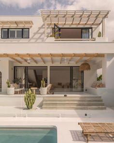 Dream Beach Houses, Dream House Exterior, Beach House Exteriors, Dream Home Design, House Goals, Exterior Design, Future House, Home Fashion, New Homes