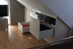 Schubladen im Kniestock - Komfortabel zugänglich