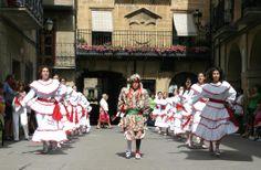 Laguardia. Fiestas de San Juan #Laguardia #rutasmedievales #medieval #fiestaspopulares #turismo