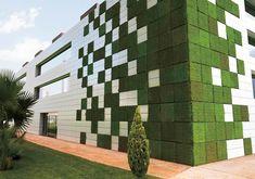 Los verdaderos materiales verdes  La industria de la construcción es una de las que más impacto genera al ambiente, al involucrar una serie de actividades que van desde la extracción de materia prima hasta la colocación de acabados y la operación del edificio. En este Sentido Sika cuenta con certificación de Impermeabilizantes acrílicos sustentables. Aptos para la certificación LEED de cualquier construcción. http://mex.sika.com/es/inicio/noticias/noticias-certificacion-sika.html