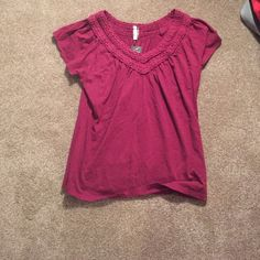 Blouse Never worn, tag still on. Great for a casual day, and can also be dressed up. Dark red/maroon color Kiara Tops Tees - Short Sleeve