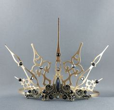 Baroque Gothique Gold Tiara Gold Crown Black Crown of angelyques - Accessoires - Gold Tiara, Gold Crown, Steampunk Wedding, Gothic Wedding, Bridal Crown, Bridal Tiara, Diy Schmuck, Schmuck Design, Wedding Hair Accessories