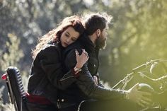 63 Ideas For Boudoir Motorcycle Photography Wheels 63 Idee per ruote per fotografia di moto Boudoir Motorcycle Couple Pictures, Biker Couple, Motorcycle Wedding, Motorcycle Style, Motorcycle Fashion, Girl Motorcycle, Biker Love, Biker Girl, Photo Couple