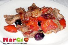 Ricetta tocchetti di maiale con peperoni e olive