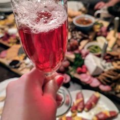 Happy New Year #2018 Rose' Champagne with cocktail bubbles. . . . . . . #HappyNewYear #NewYear #celebrate #champagne #natural #roseallday #charcuterie #organic #fresh #party #vegan #nongmo #glutenfree #goodforyou #goodbye2017 #partytime #partyideas #caterer #mixology #Mixologist #mixtress #madeinla #lalaland #thenaturalmixologist