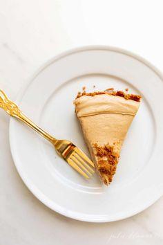 Make Ahead Desserts, Sweet Desserts, No Bake Desserts, Dessert Recipes, Cake Frosting Recipe, Frosting Recipes, Best Christmas Recipes, Thanksgiving Recipes, Holiday Recipes