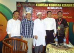 KH. Thobari aswaja & Hartono Jaiz Wahabi  http://www.sarkub.com/densus-99-sarkub/densus-hartono/