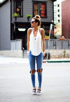 That Top Knot is making the outfit amazing   45 Cute Tomboy Outfits and Fashion Styles   Cute Tomboy Outfits   Tomboy Fashion Styles   Fenzyme.com