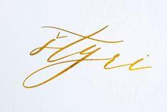 detail digitálnej ražby zlatou fóliou Bobby Pins, Hair Accessories, Detail, Beauty, Hairpin, Hair Accessory, Hair Pins, Beauty Illustration
