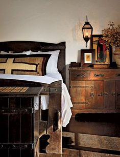 Diane Keaton's beautifully renovated Spanish Colonial - Check out that rustic wood bed! LIGHTING - wall mounted lantern at bedside table Spanish Colonial Homes, Colonial Style Homes, Spanish Style Homes, Spanish House, Spanish Revival, Spanish Bungalow, Bungalows, Rustic Wood Bed, Bedroom Rustic