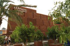 Malgré un morceau de la façade qui a souffert des intempéries en début du mois, la Pavillon du Maroc vaut le détour. Sa construction en pisé est déjà un appel au voyage. A l'intérieur, vous y découvrirez les richesses d'un territoire multiple. Un ...
