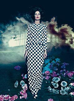 American Vogue| Ph.Steven Klein| Styling Grace Coddington| ModelsCarolyn MurphyandKaren Elson