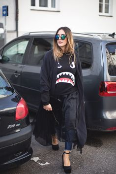 Sandra of black palms streetstyle rad monster layering allblackeverything